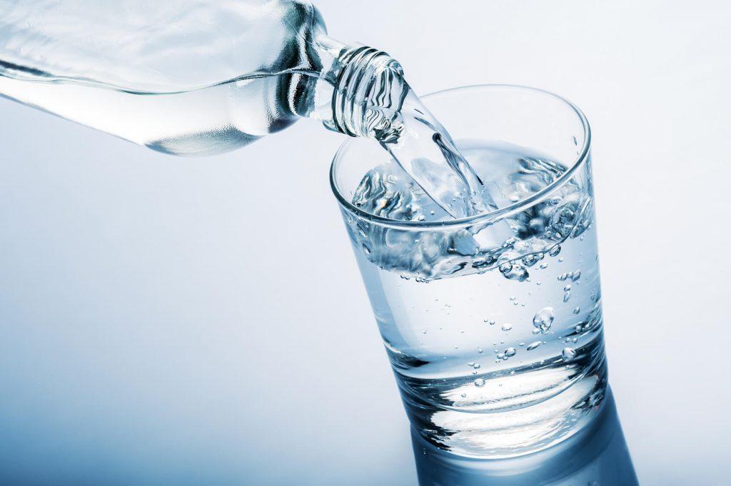 Agua nutriente esencial