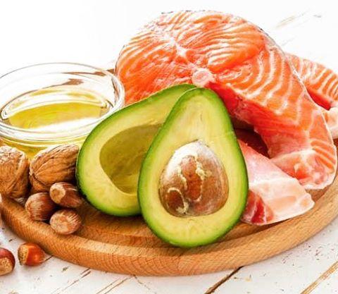 Las grasas saludables son parte de una dieta equilibrada dietasaludablehellip