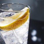 agua-con-gas-beneficios-para-la-salud